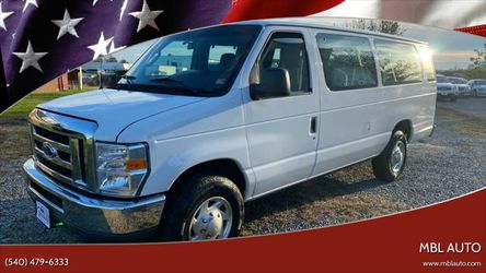 2014 Ford E-Series Wagon for Sale in Woodford,  VA