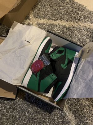 Air Jordan 1 Pine Green 2.0 for Sale in Silver Spring, MD