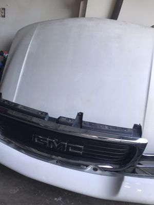 GMC Sierra front even parts for Sale in Fresno, CA