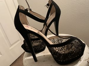 ((Brand New Heels Never Worn)) 🤦🏻♀️ Bebe~ $200 Designer Leather Heels ((Perfct Condition)) sz8 Carlos Santana Brand New sz8 for Sale in Aurora, CO