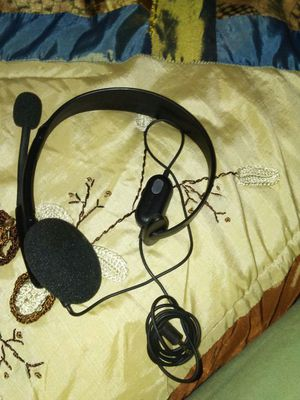 Xbox 360 headset almost new for Sale in Frostproof, FL