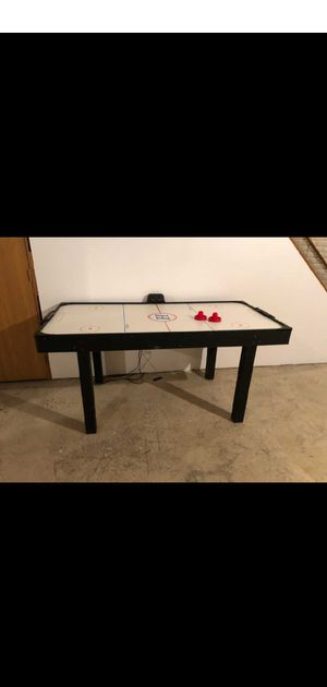 Air Hockey Table... Free delivery in Columbus for Sale in Columbus, OH
