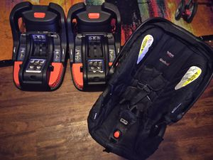 Britax Car seat an 2 bases for Sale in Lancaster, PA