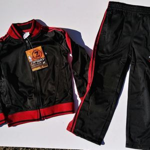 Kid's Miami Heat Sweatsuit Set Size 5 for Sale in Long Beach, CA