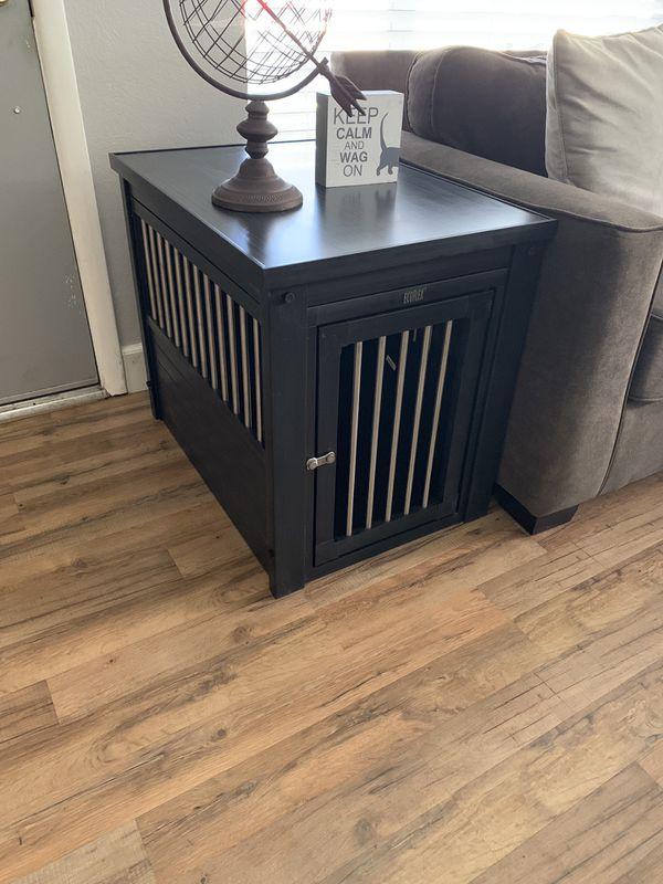 EcoFlex medium dog crate/ End Table