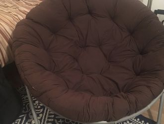 Oversized Extra Large Brown Saucer Moon Lounge Chair for Sale in Kirkland,  WA