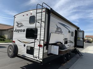 Jayco travel trailer bunkhouse 2018 for Sale in Hollister, CA