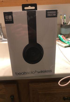 Beatsolo 3 wireless for Sale in Wenatchee, WA
