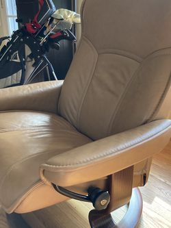 Stressless Leather Chair for Sale in Seattle,  WA