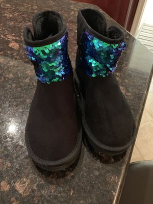 Boots for girls for Sale in Shamokin, PA