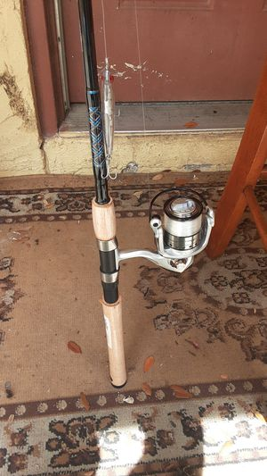 Brand new fishing rod and reel W/ some tackle for Sale in St. Petersburg, FL