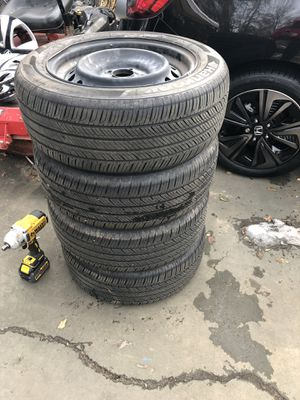 It was in my 2017 Honda Civic lx, plus 3 cover rims for Sale in Sterling, VA