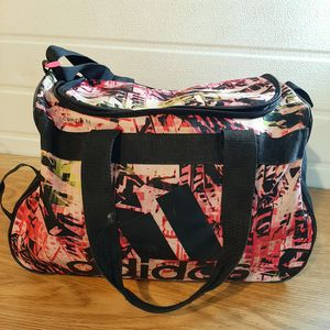 Adidas duffle bag for Sale in Stanwood, WA