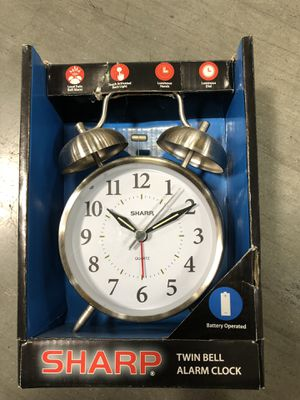 Sharp Twin Bell Alarm Clock for Sale in Moreno Valley, CA