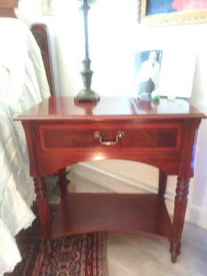 Ethan Allen Hall Foyer table for Sale in San Francisco, CA