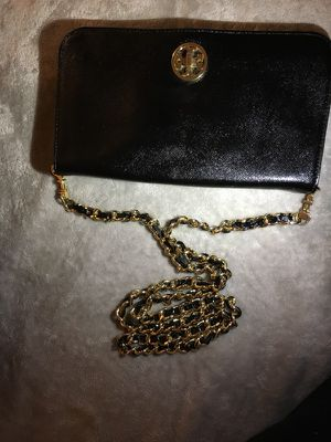 Tory Burch clutch with chain strap for Sale in New York, NY