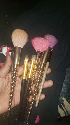 Makeup brushes for Sale in Fresno, CA