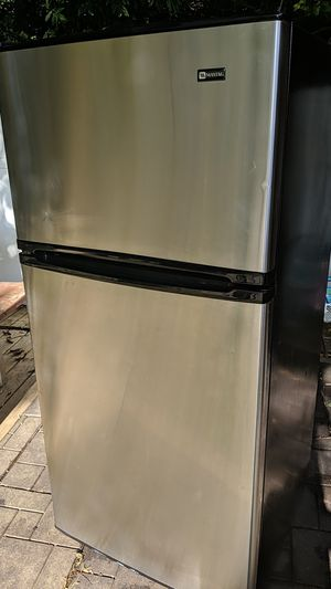 MAYTAG. Model N0. MTB1504ARS for Sale in Arlington, VA