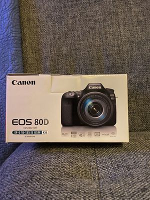 Canon EOS 80D DSLR Camera Kit for Sale in Los Angeles, CA