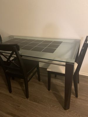 Dining table for Sale in Santa Ana, CA