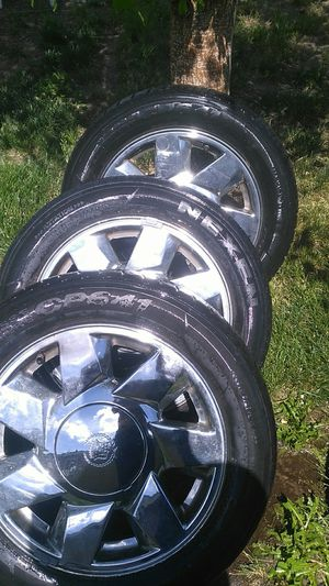 Tires and rims size 225-55-r17 for Sale in Pasco, WA