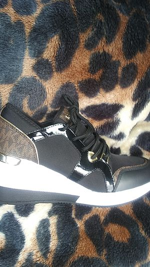 Michael Kors 5.5 Women's Shoes for Sale in Puyallup, WA