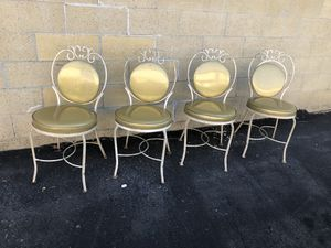 Vintage Glamour Kitchen/Patio wrought iron chairs (4) gold glitter vinyl for Sale in Orange, CA