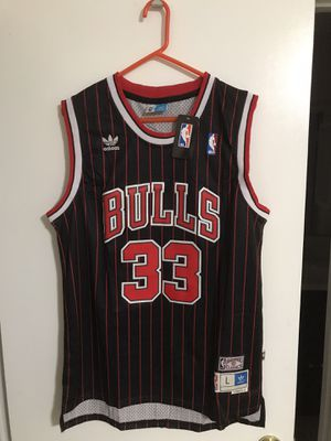 Chicago•Bulls•Scottie•Pippen•Black•Red•Strip•Throwback•Stitched•NBA•Jersey - Large Size for Sale in City of Industry, CA