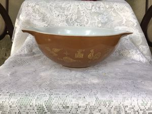 Pyrex Early American 4 Quart Mixing Bowl for Sale in Tampa, FL