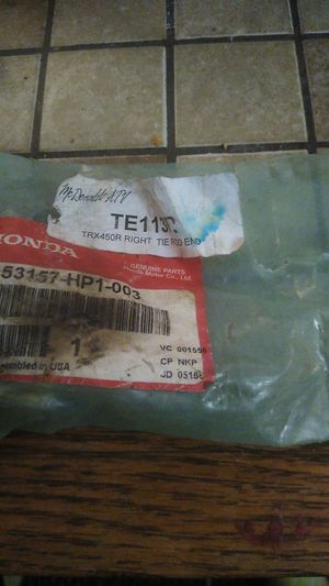 Honda TRX450r right Tire Rod end for Sale in Staunton, VA