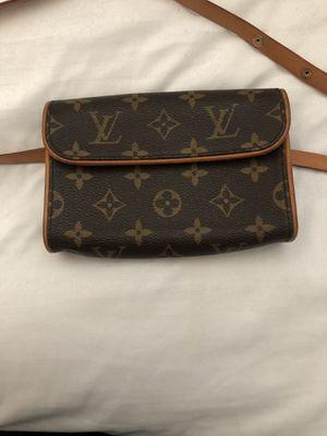 Louis Vuitton Pochette Florentine waist bag for Sale in La Mesa, CA