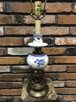 Vintage Pottery Lamp for Sale in Kirkwood, MO