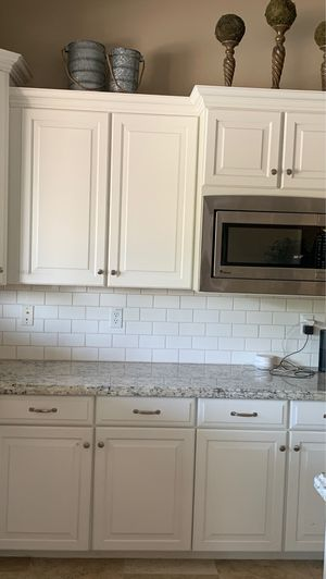 Awesome Kitchen cabinets! for Sale in Gilbert, AZ