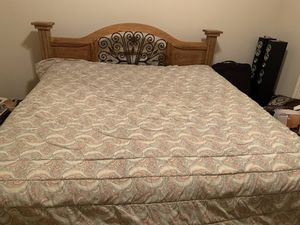 California King Bed for Sale in Grand Prairie, TX