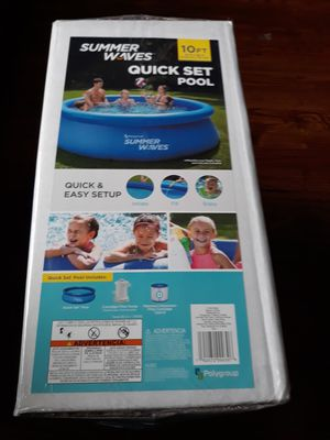 Quick Set Pool 10 Ft by 30 In. for Sale in Dearborn, MI