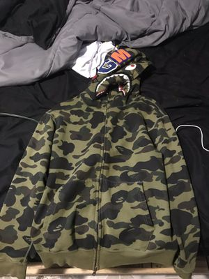 Bape hoodie size L fits like M for Sale in North Chicago, IL