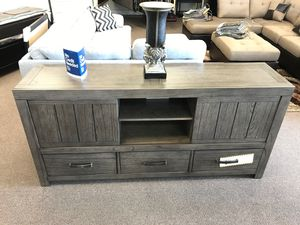 Tv stand on sale @ elegant Furniture 🛋🎈🛏 for Sale in Fresno, CA