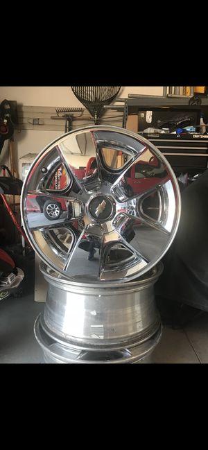 20 inch chrome rims for Sale in Altoona, IA