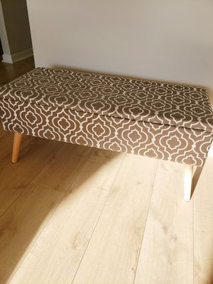 2 upholstered ottoman steats, including 6 pillows for Sale in Arlington, VA
