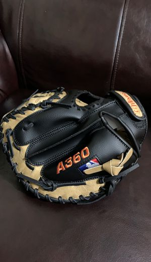 Catcher and right handed baseball gloves for Sale in San Jose, CA