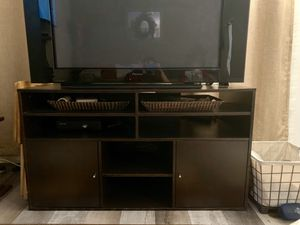 2 FREE modern baskets -comes w/ TV stand/unit for sale! for Sale in San Jose, CA