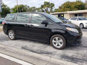 2012 Toyota Sienna for Sale in St Petersburg, FL