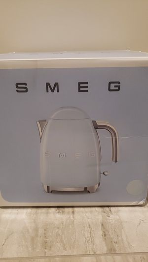 Smeg brang electric tea kettle new unopened in box for Sale in El Cajon, CA