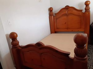 Queen sized wooded bed frame for Sale in undefined