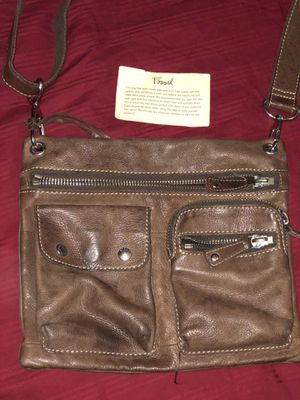 FOSSIL MESSENGER BAG. Same as the one in Hangover. Brown leather for Sale in Gibsonton, FL