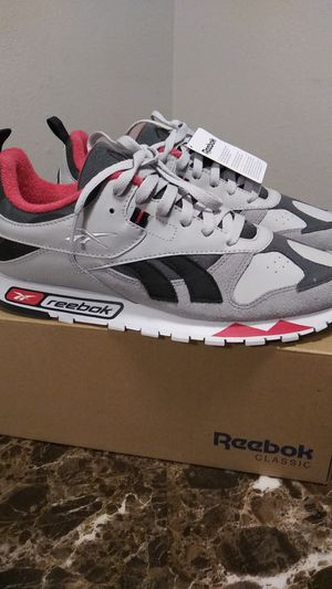 CLASSIC REEBOK SHOES for Sale in Commerce City, CO