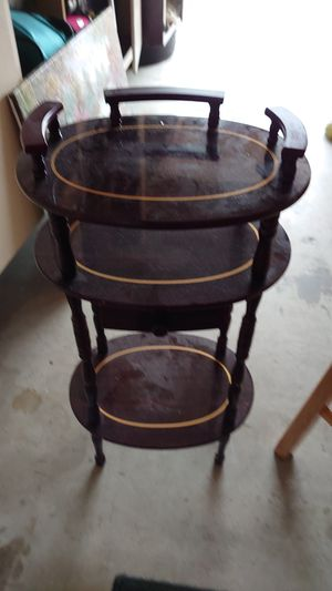 Antique stand Free for Sale in San Diego, CA