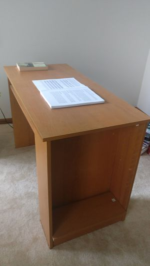 Student desk with book shelf for Sale in Vernon Hills, IL