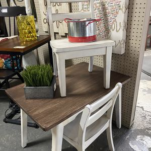 Children's Table Set for Sale in Visalia, CA