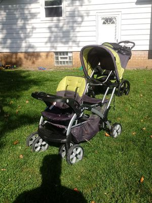 Babytrend Sit n Stand Ultra Stroller for Sale in Cleveland, OH